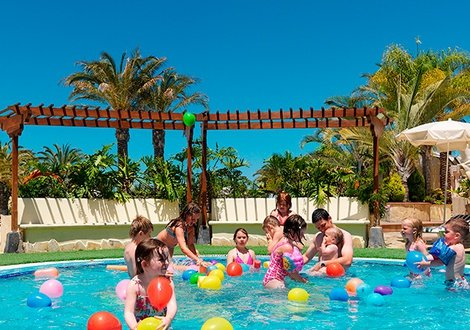 Summer Offer 2020 - Book now at the best price! 1 child free!  Hotel Gran Oasis Resort Playa de Las Américas, Tenerife